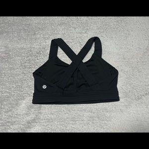 Lululemon Run Stuff your Bra III in black size 6. Excellent condition!